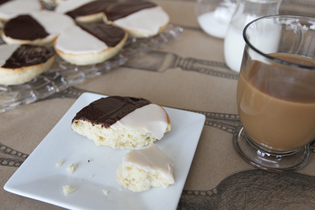 Black-and-White-Cookies-12