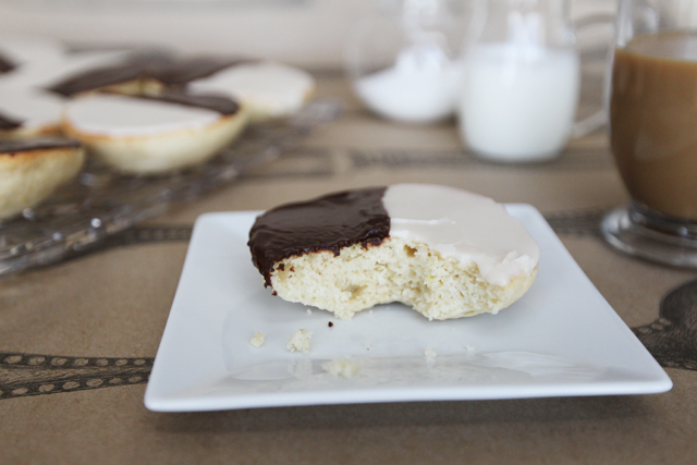 Black-and-White-Cookies-8