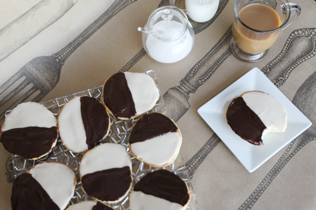 Black-and-White-Cookies-9