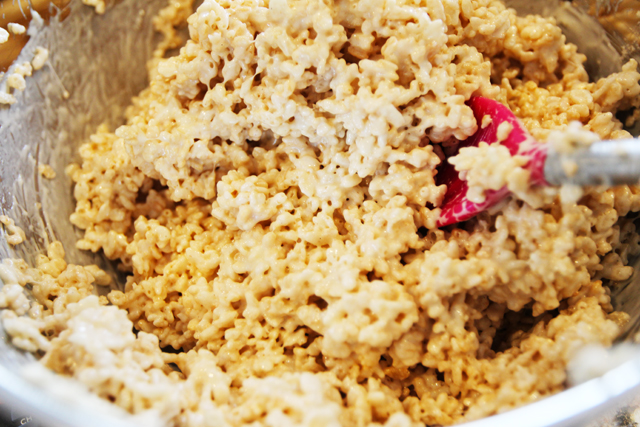 Brown-Butter-Crispy-Rice-Treat-5