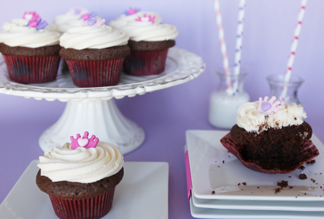 Chocolate-Milk-Cupcakes-8