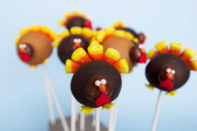 Turkey-Cake-Pops-11